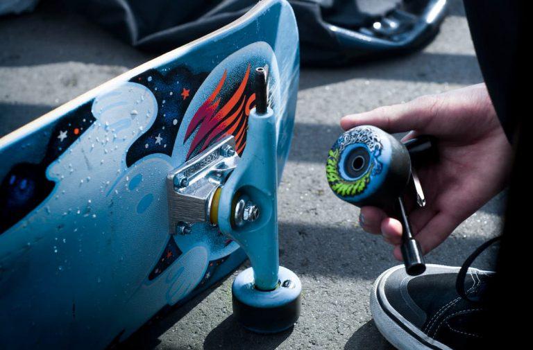 skateboard zusammenbauen montageanleitung